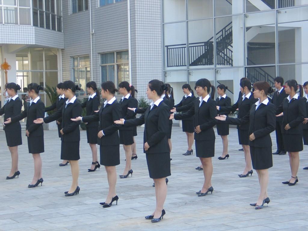 幼儿园教师礼仪培训_大连芳欣礼仪培训