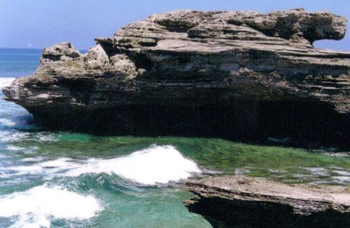 石岛旅游景点介绍及图片;