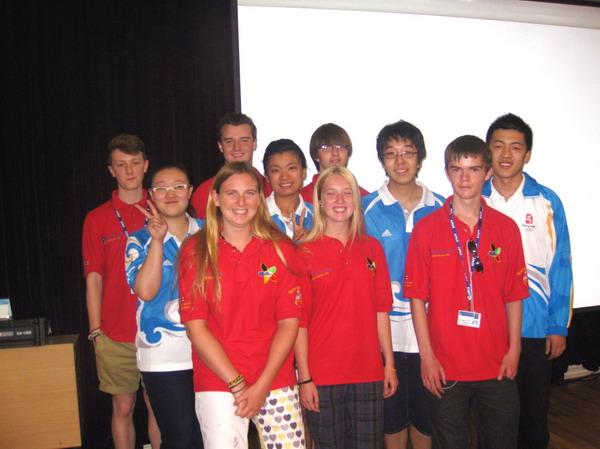 英国奥运志愿者来北京电子科技职业学院交流
