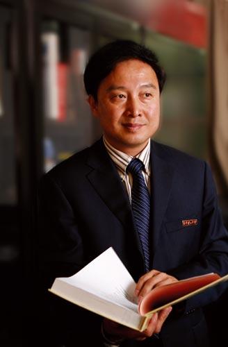 南京理工大学党委书记陈根甫、校长王晓锋20